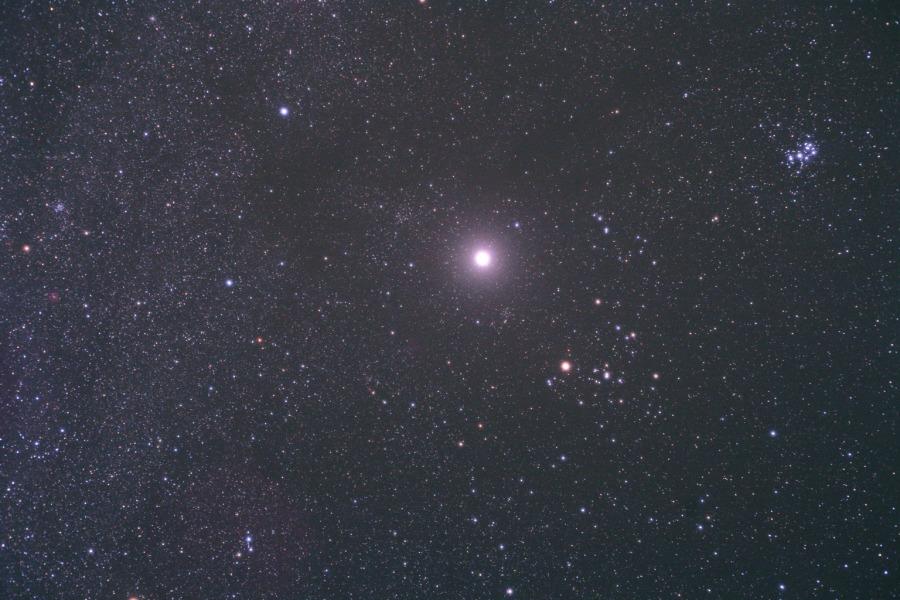 Terang Jupiter di Taurus