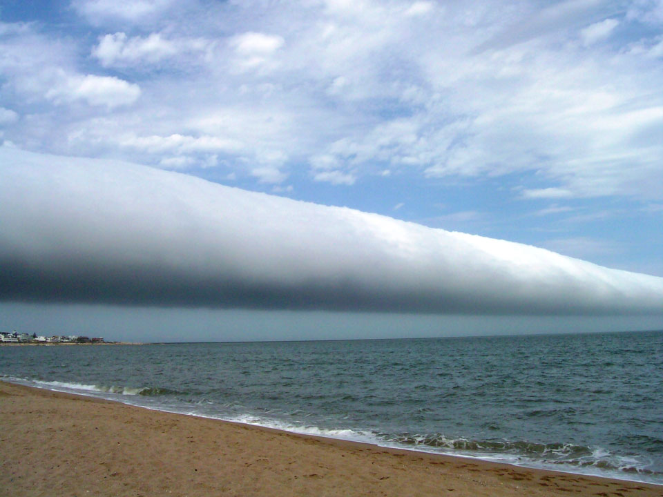 Awan A Rol Lebih Uruguay
