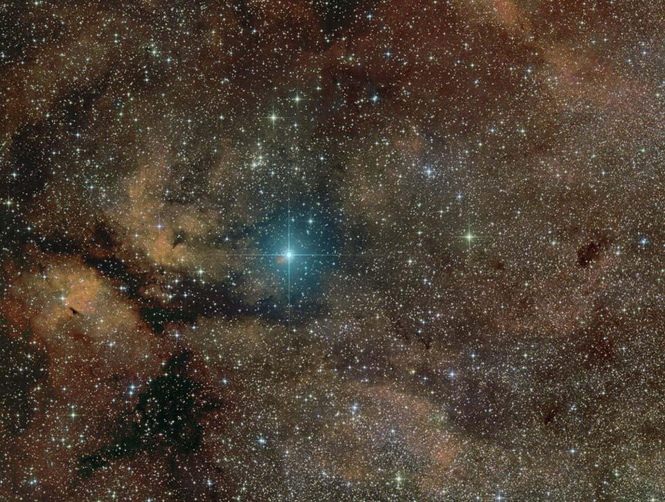 Supergiant Bintang Gamma Cygni
