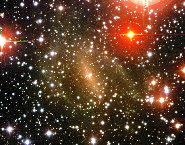 La Galaxia Dwingeloo 1 Emerge