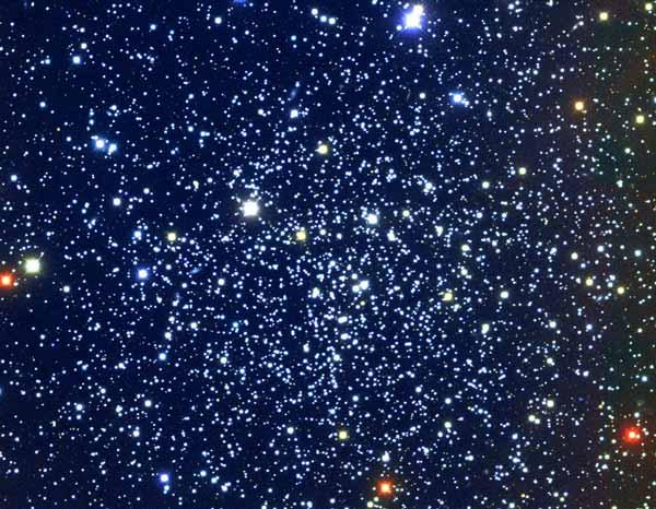 NGC 6791: Un Cúmulo Abierto Grande y Viejo