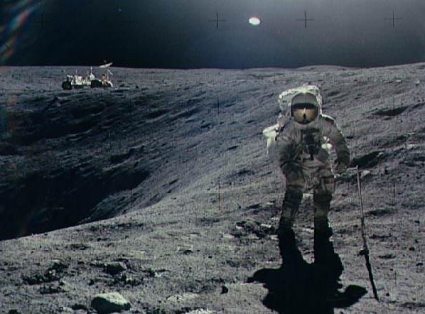Apolo 16: Explorando el cráter Plum
