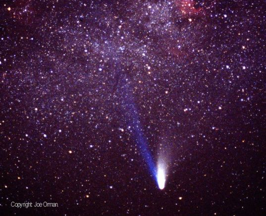 Explorando la Cola de los Cometas