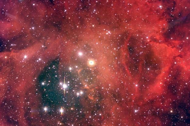 NGC 2244: Un Cúmulo Estelar en la Nebulosa Rosetón