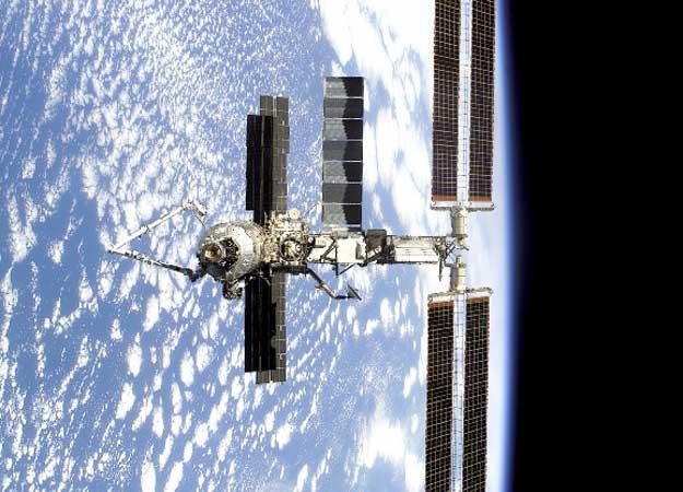 La Estación Orbital muestra el nuevo brazo robótico