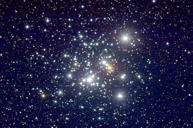 みなみじゅうじ座の散開星団NGC4755