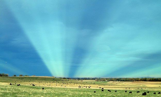 Rayos anticrepusculares sobre Colorado