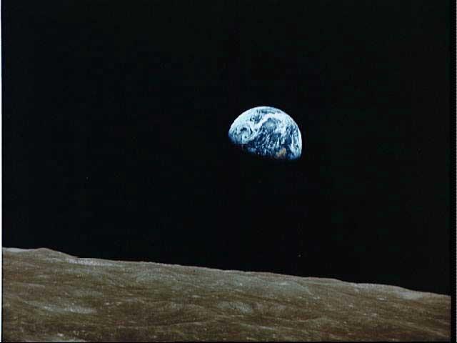La Tierra Emerge