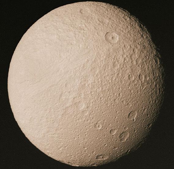 La luna de Saturno: Tetis