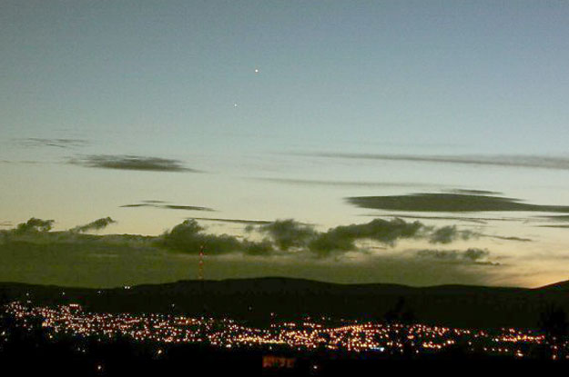 Venus y Júpiter sobre Belfast