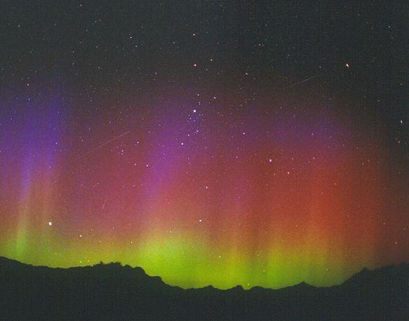 Meteoros y Aurora Boreal