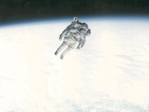 Volar Libremente en el Espacio