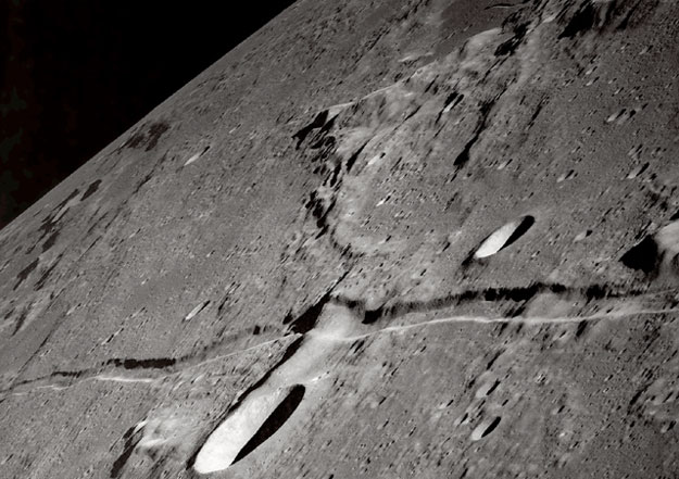 Lune fendue Rille_apollo10