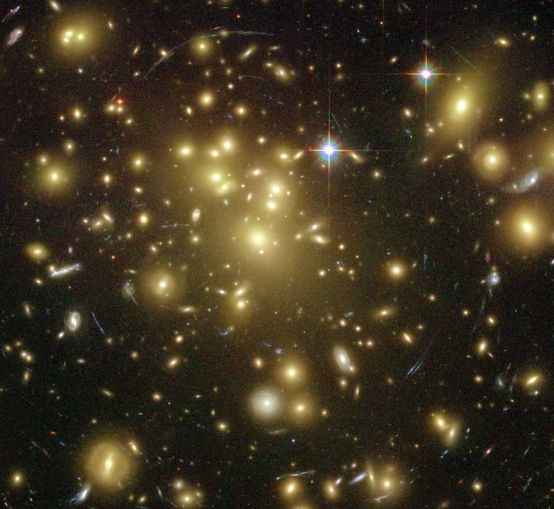 Galaxy Cluster Abell 1689 Warps Space