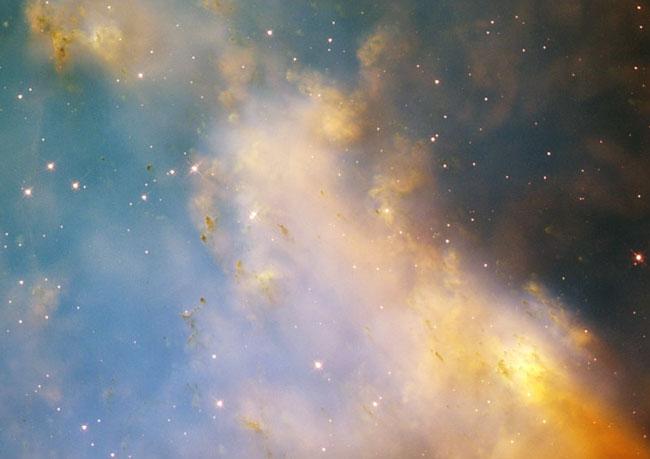 Un Acercamiento a la Nebulosa Dumbbell desde el Hubble
