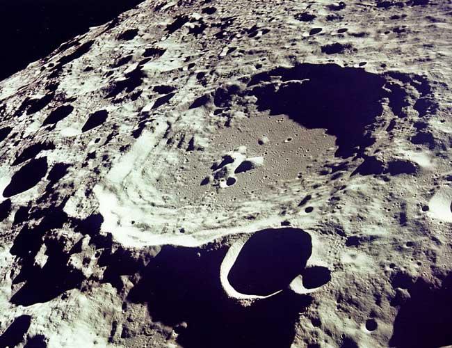 La cara oculta de la luna desde el Apolo 11