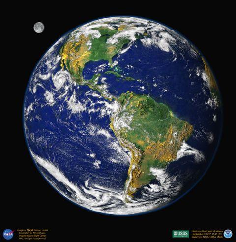 Velká modrá skleněná kulička Země
