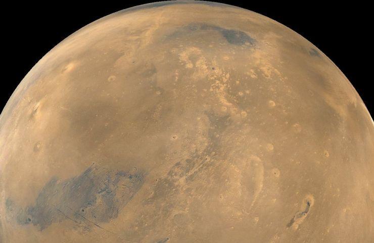 Cinco a Marte