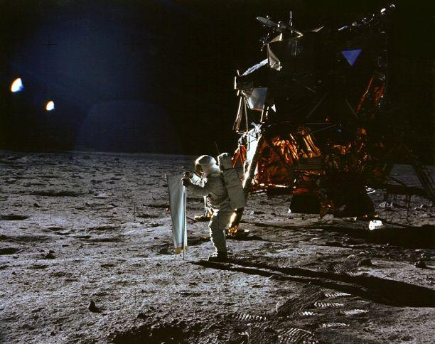 Apolo 11: Cogiendo Algo De Sol