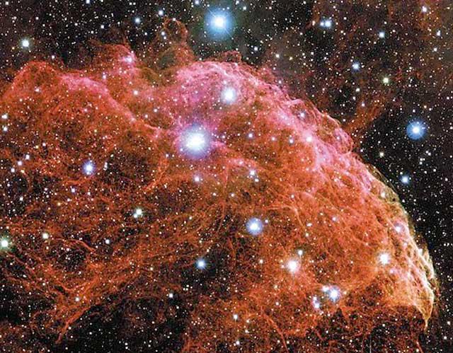 El remanente de la supernova galáctica IC 443
