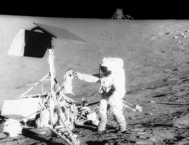 El Apollo 12 visita el Surveyor 3