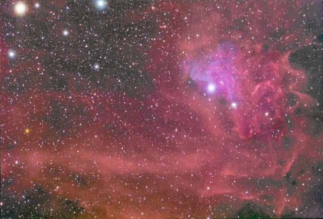 IC 405: La nebulosa de la estrella llameante