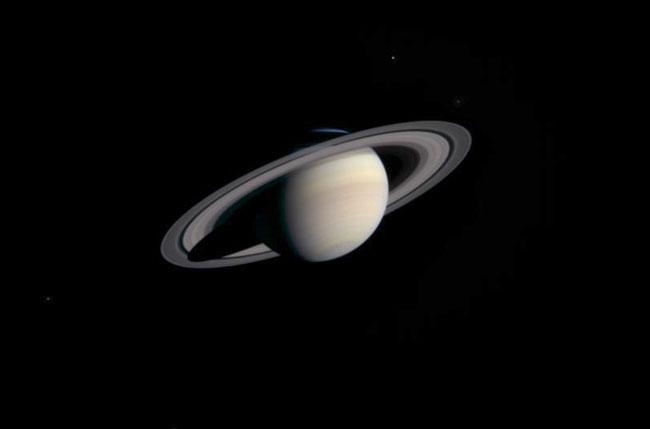 La Cassini se aproxima a Saturno