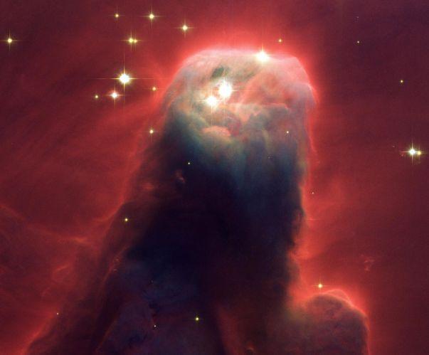 La nebulosa del Cono en primer plano