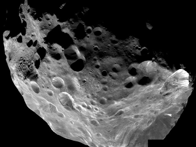 Febo: Cometa-Luna de Saturno