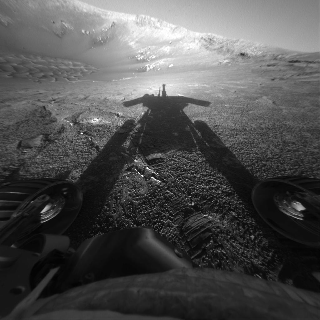 APOD: 2004 August 3 - Shadow of a Martian Robot