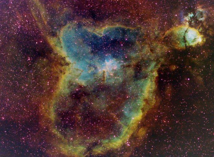 IC 1805: luz desde el Corazón