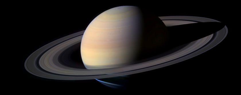 APOD: 2004 December 25 - Big Beautiful Saturn