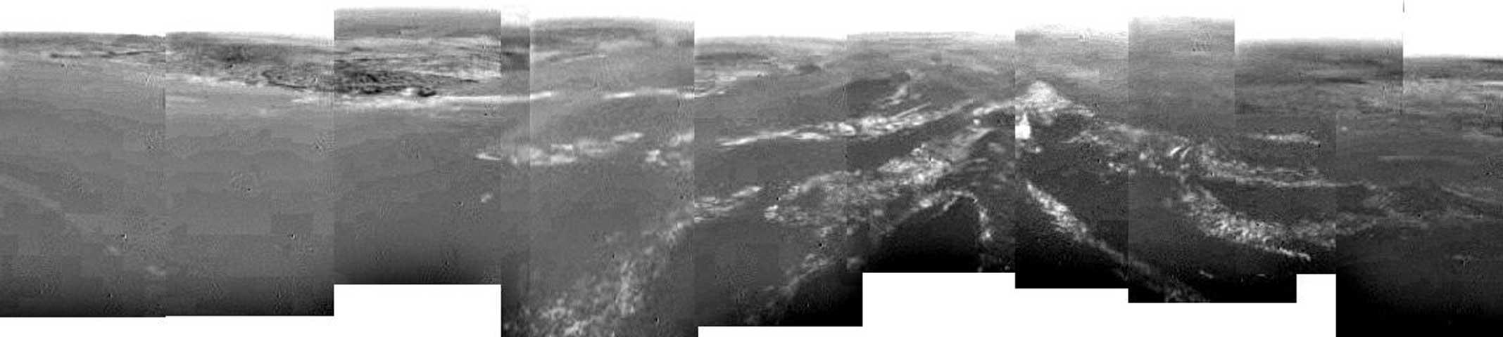 A ocho kilómetros sobre Titán