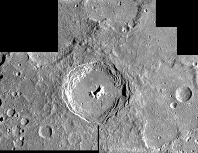 SMART-1: Crater Pitágoras