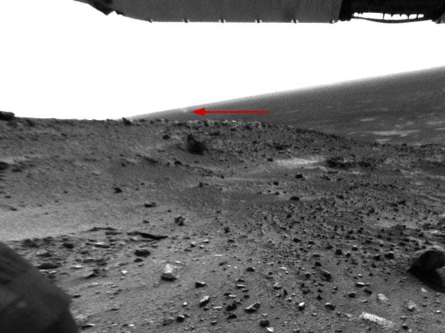 Una tolvanera girando sobre Marte