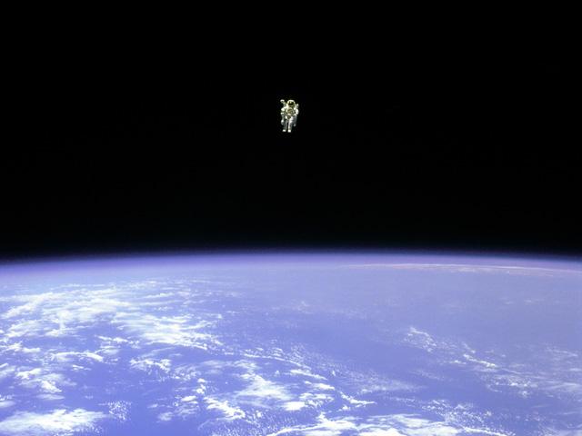 Volar Libre en el Espacio