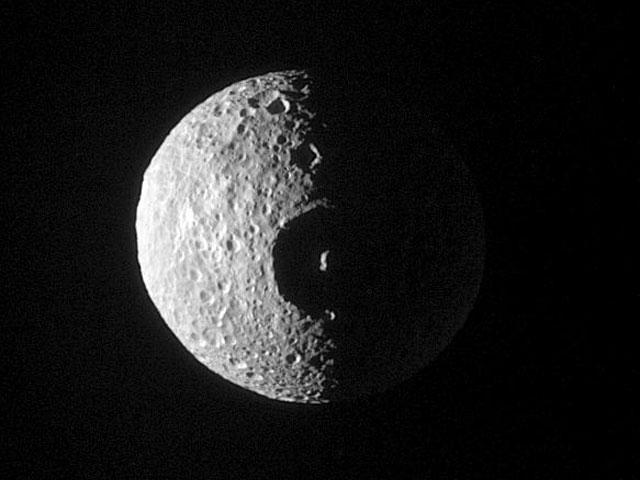 El cráter de Mimas