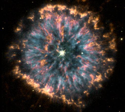 Celebración del Hubble con NGC 6751