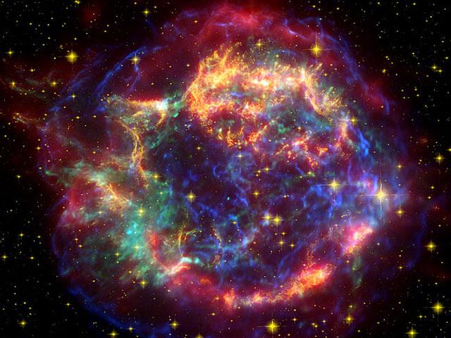Los ecos de luz de Casiopea A, en infrarrojo