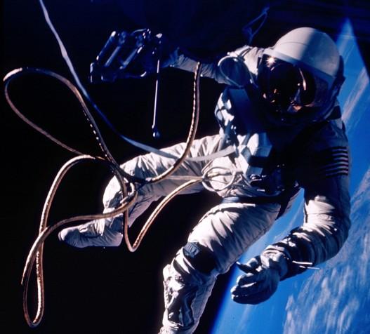 Primer paseo espacial estadounidense