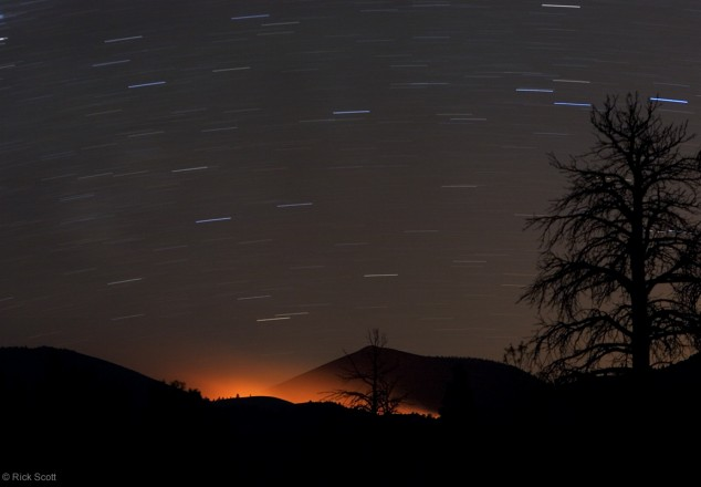 Fire Glow y Trazos en Sunset Crater