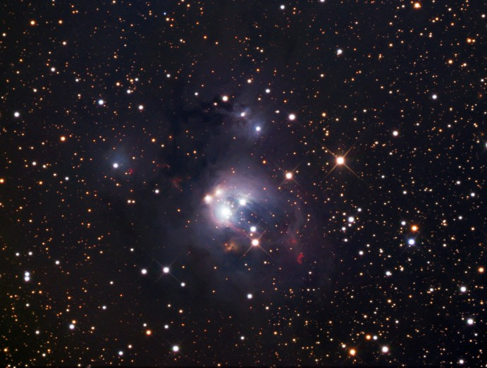 Los jóvenes soles de NGC 7129