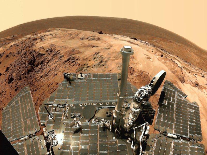 Vista desde interior del cráter Gusev en Marte