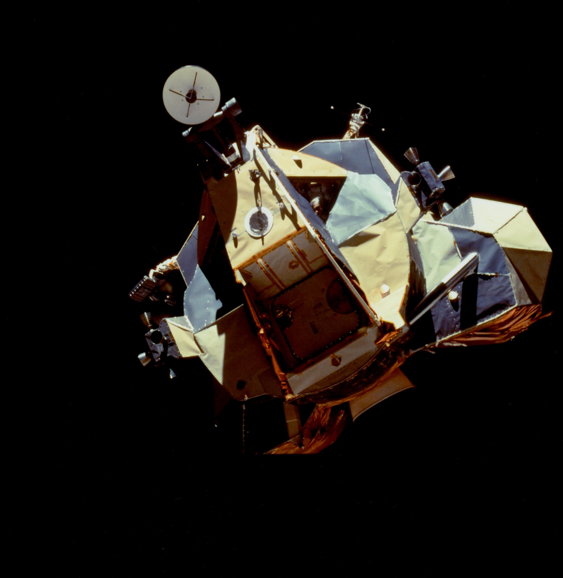 lunar module in space - photo #4