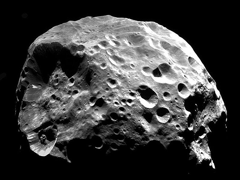 Comet Luna Febe de Saturno