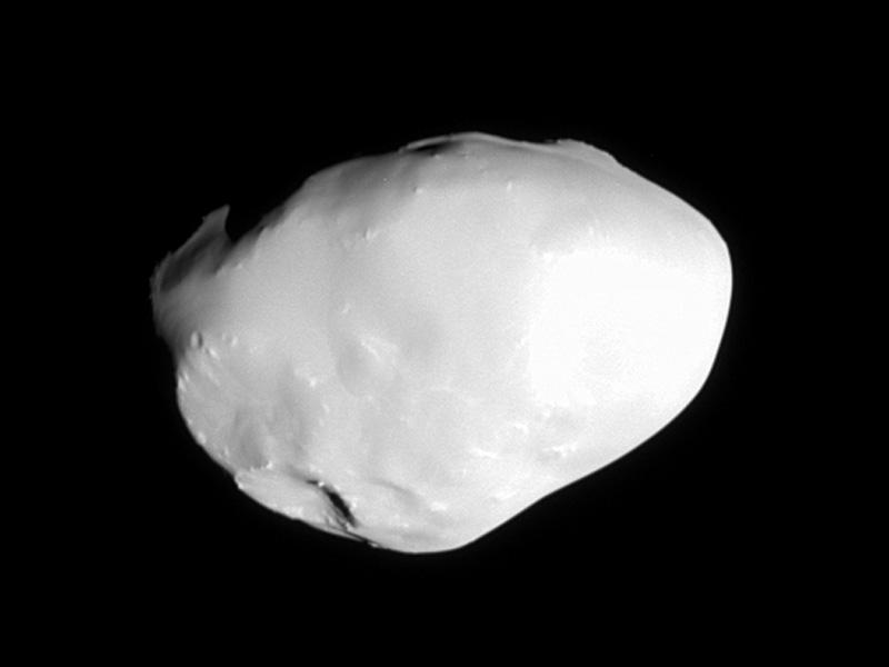 Una inusual superficie lisa en Telesto, satélite de Saturno