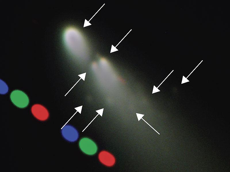 Desmoronando Comet Schwassmann Wachmann 3 Enfoques