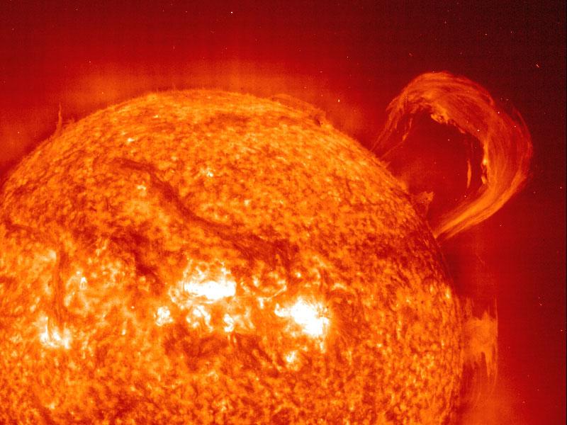 Una protuberancia solar desde el SOHO