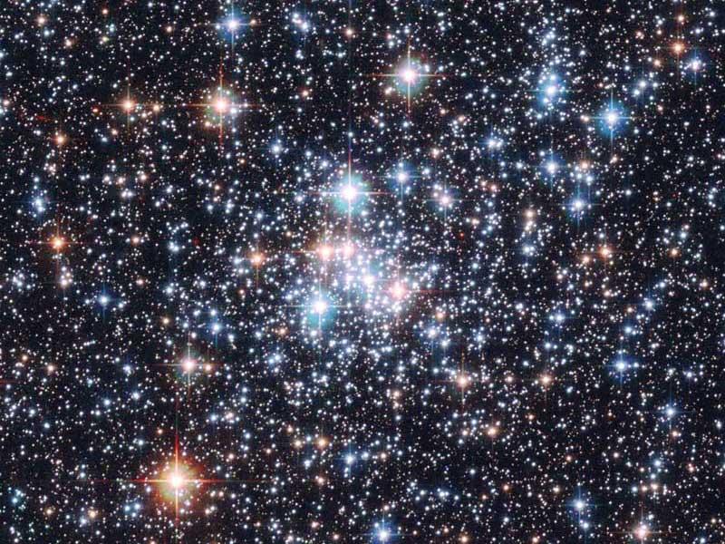 Cúmulo abierto NGC 290 A estelar Jewel Box