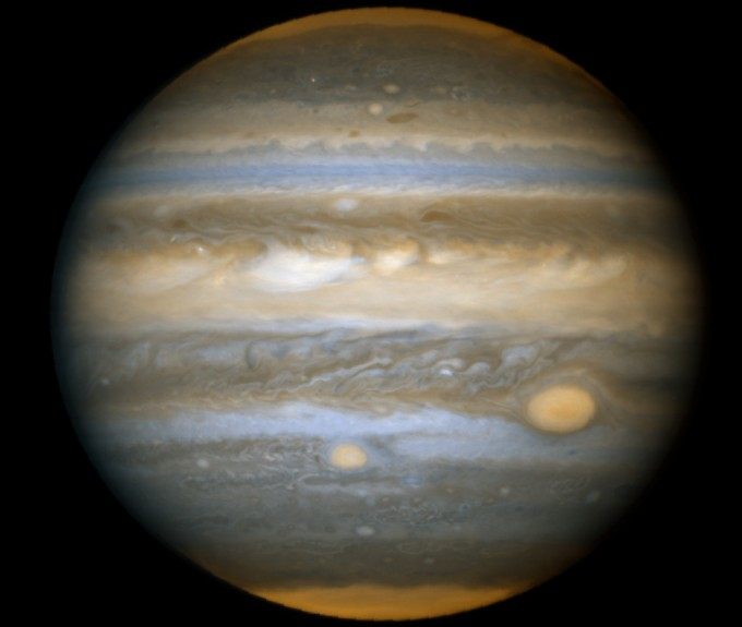 Júpiter y las manchas rojas